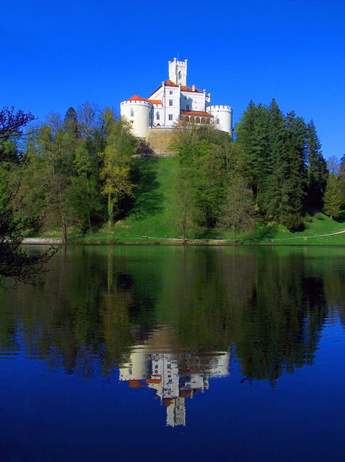 The Beauty of Historicity-Trakoscan Castle ... Photo taken from ... https://nl.pinterest.com/pin/298504281522784841/